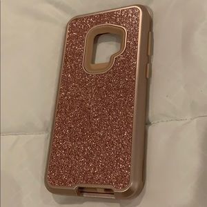 Accessories - Brand new Rose Gold bling Cell phone case